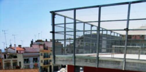 Pista poliesportiva de la ll ntia for Piscina municipal mataro