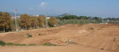 Circuit municipal de bmx for Piscina municipal mataro