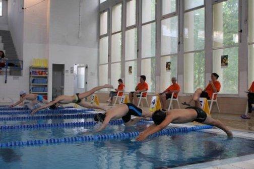 La piscina municipal celebra la final del campionat escolar de nataci - Piscina municipal mataro ...