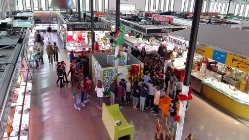 Exposició dels treballs participants al Mercat de la plaça de Cuba. Foto: Ajuntament de Mataró