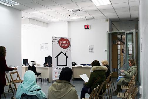 L oficina local d habitatge recull les sol licituds de for Oficina de habitatge