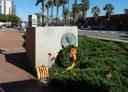 Ofrena floral al monument en honor a l'impulsor del tren, Miquel Biada