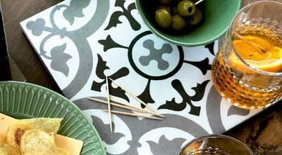La casa Coll i Regàs amb vermut modernista