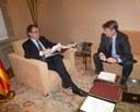 L'alcalde de Mataró, Joan Mora, es reuneix amb el president Artur Mas al Palau de la Generalitat