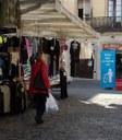 Mataró aposta per la millora de la neteja i la recollida de la brossa dels mercats setmanals