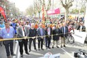 """Milers de persones veuen sortir la """"Volta"""" a Mataró"""
