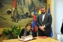 La consellera de Treball, Afers Socials i Famílies, Dolors Bassa, visita l'Ajuntament de Mataró