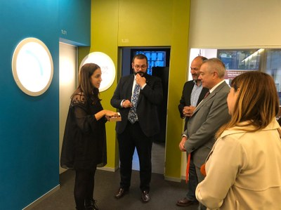 Visita a la incubadora del TecnoCampus. Foto: Ajuntament