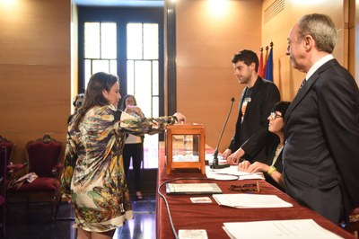 Votació Cristina Sancho (C's). Foto: Marga Cruz