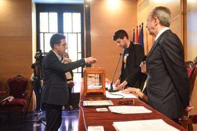 Votació Sergi Morales (ECPM). Foto: Marga Cruz