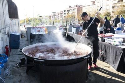 Paella organitzada per l'Associació de Veïns del Camí de la Serra. Foto: Sergio Ruiz