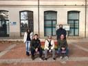 Mataró instal·la cinc bancs pintats amb els colors de la bandera LGTBI als equipaments juvenils de la ciutat