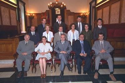 Imatge del grup del PSC a la constitució del nou consistori 1999-2003. Foto: Ajuntament