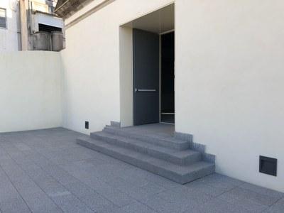 Puerta de emergencia del Cafè Nou. Final de la obra civil. Noviembre del 2020. Foto: Ayuntamiento de Mataró